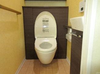 トイレリフォーム 宙に浮くトイレで誰でも掃除が簡単に