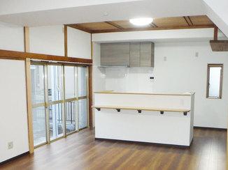 キッチンリフォーム 和室の2部屋を繫げ、ひろびろとした和洋折衷のLDKに